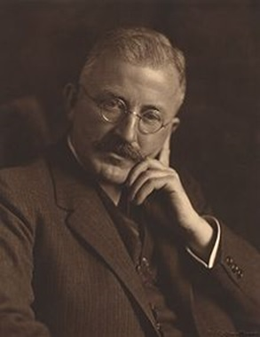 با بزرگان صنعت پلیمر جهان آشنا شوید-Hermann Staudinger